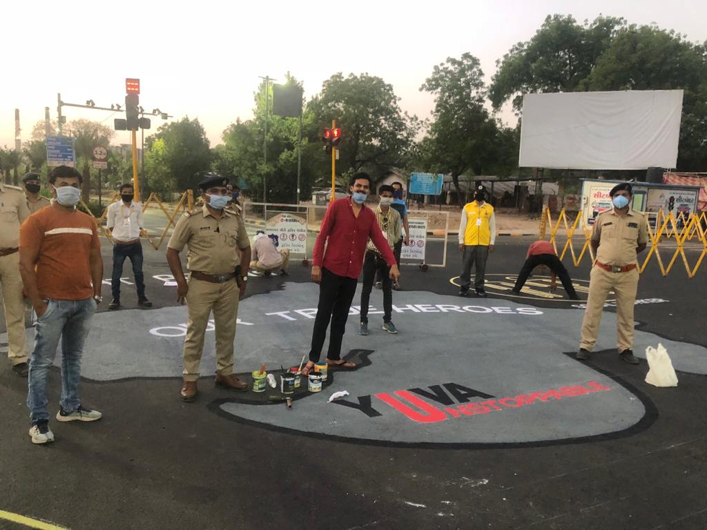 Pavan Shah on the field for yuva unstoppable street art